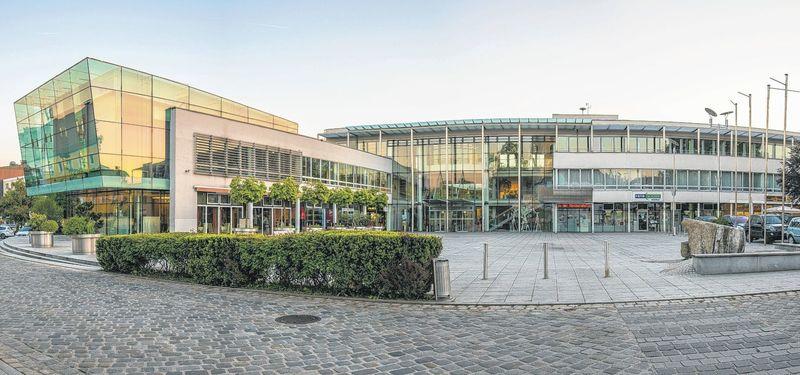 Rathaus und Stadtplatz von Leonding