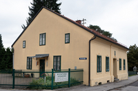 Bestattung Leonding, gelbes Haus