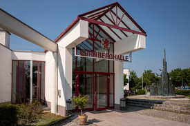 Eingang der Kürnberghalle